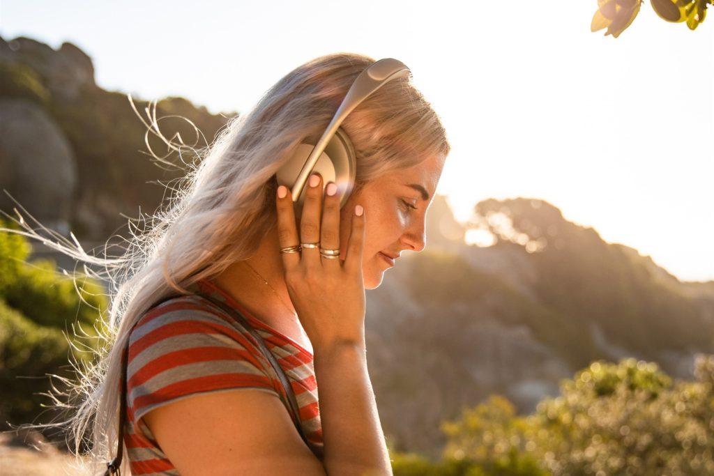 消息指稱蘋果自有品牌全罩式耳機將能以磁吸方式更換配件!