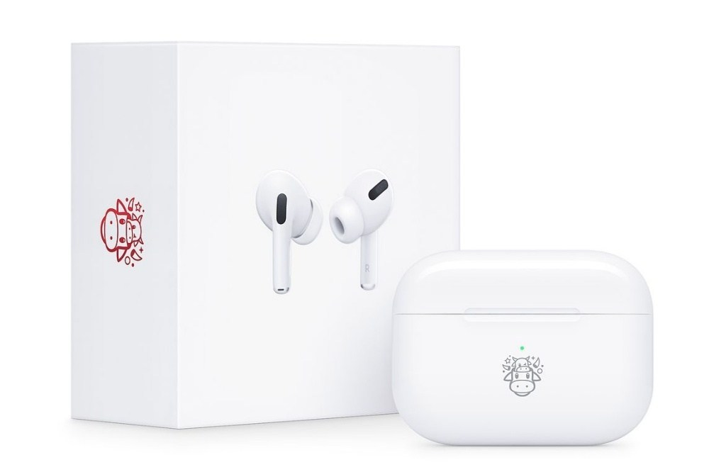 AirPods Pro牛年