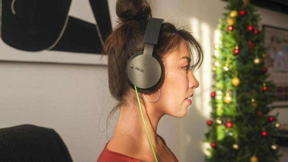 推出新款無線耳機後,微軟再次推出平價款有線版Xbox立體聲耳機!
